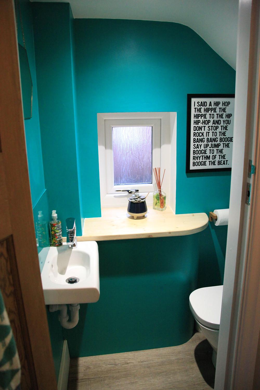 Downstairs Bathroom - Fresh Start Living