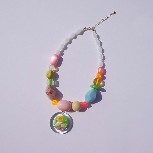 flower snow ball necklace