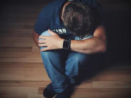 Estudo: problemas psicológicos atingem 34% de quem teve Covid-19