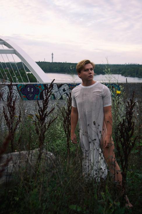 Porträttfoto_utomhus2.jpg