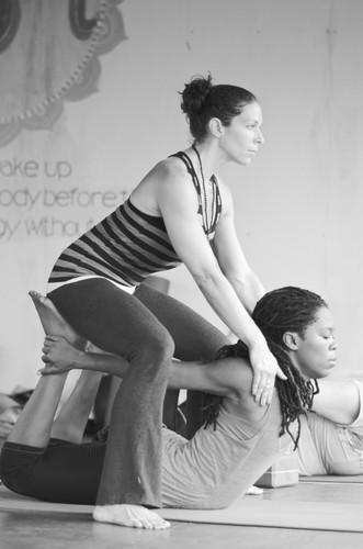 Sienna Creasy Yoga Heart Opener Assist