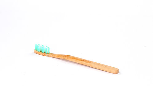 Bass TB3N | Toothbrush with Pure Bamboo Handle and Nylon Bristles