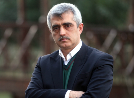 Open letter in support of Turkey's leading rights defender receives widespread participation