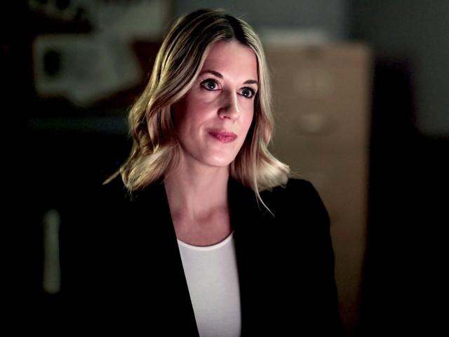 Angela Alt FBI Agent on set in Fishing