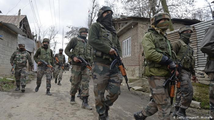 Indian soldiers in Kashmir (Getty Images/T Mustafa)