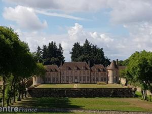 """Visitez le château de la Rivière, à Pontgouin : un """"rêve d'enfant"""" pour son propriétai"""