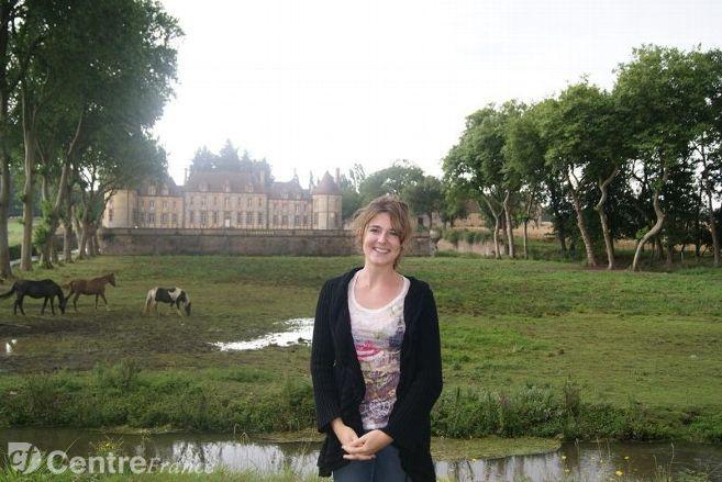 Elodie présente la visite du Château de la Rivière à Pontgouin