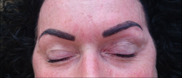 Brow tint and wax (black)