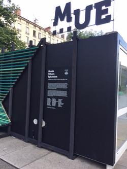 Habillage container