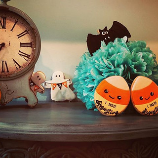 Halloween cookie party! The time has com