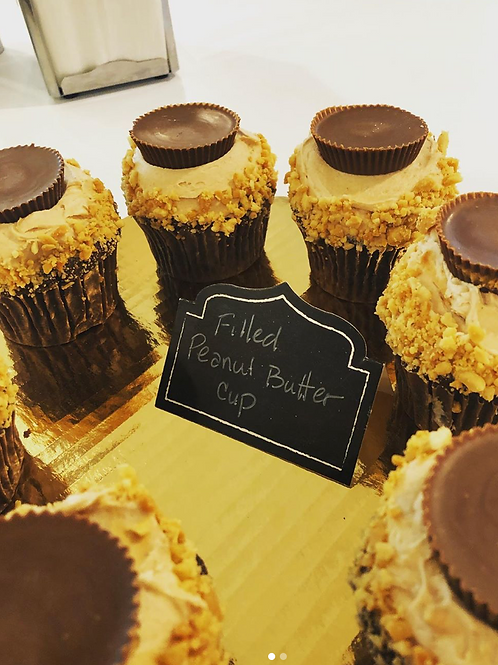 Peanut ButterCup stuffed Cupcakes, pack of 6