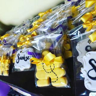 hive cookies.JPG