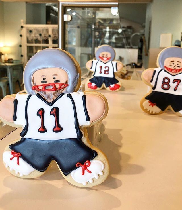 Our sugar cookie dudes are ready for the