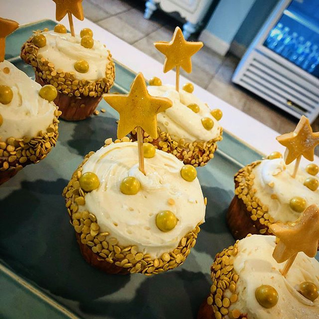 champagne cupcakes! What kind of goodies