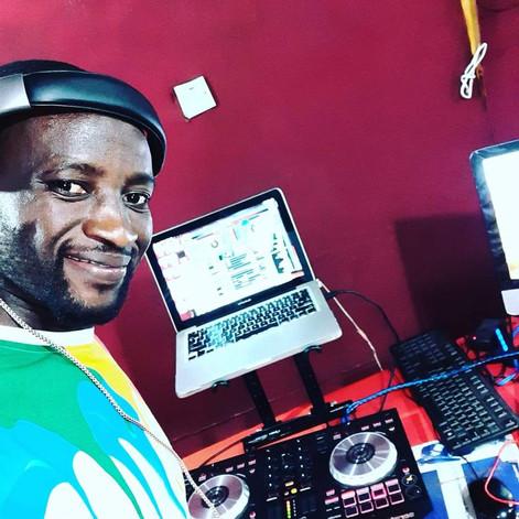 DJ Ras Nico To The World!
