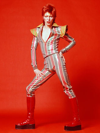 11.-David-Bowie-1973-by-Sukita.jpg