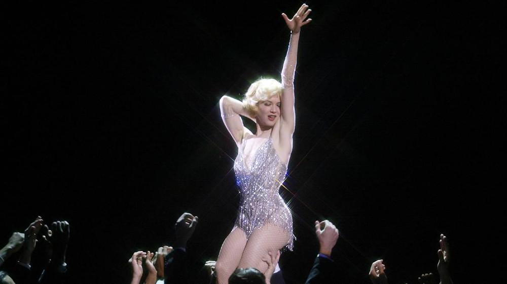 Woman dancing cabaret chicago
