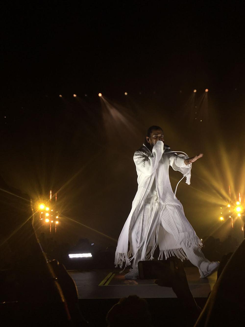 Man, Kendrick Lamar rapping at concert