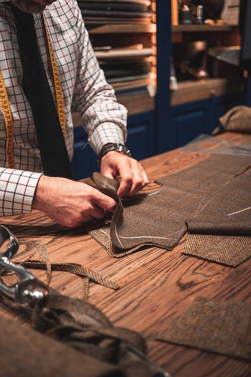 Manesh Manolo Tailor Hong Kong