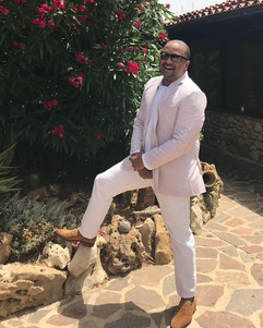 Andre Carey Manesh Manolo Bespoke Tailor.jpg