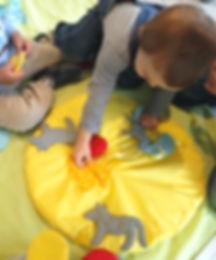 Crèches, contes, activité
