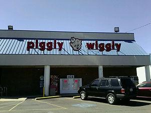Piggly Wiggly Bluff Park.jpg