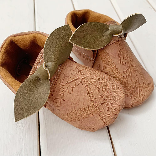 embossed 2 tone moccasins