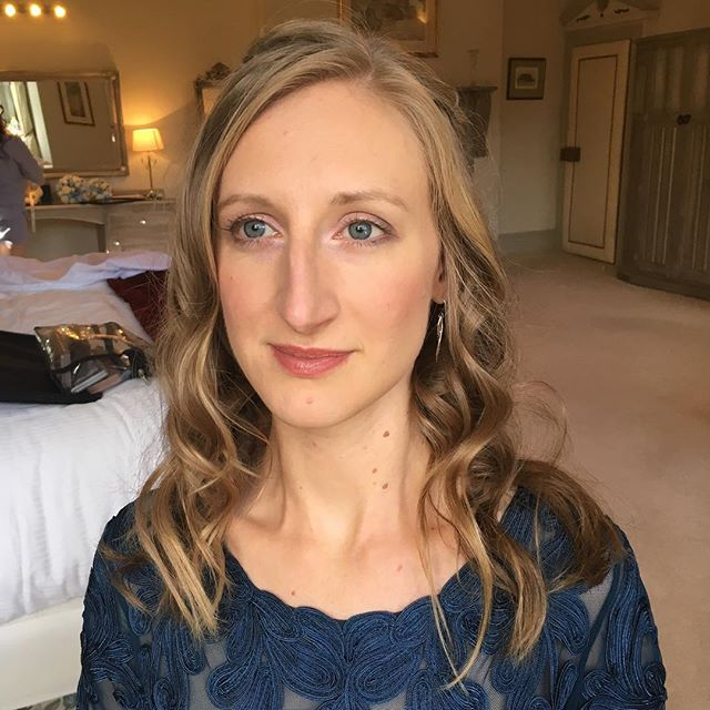 Natural boho make up look