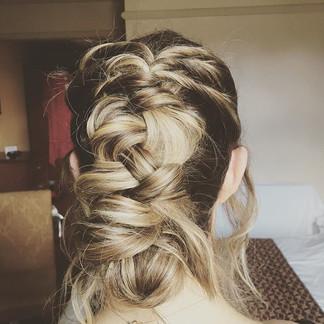 Messy dutch braid - Occasion hair