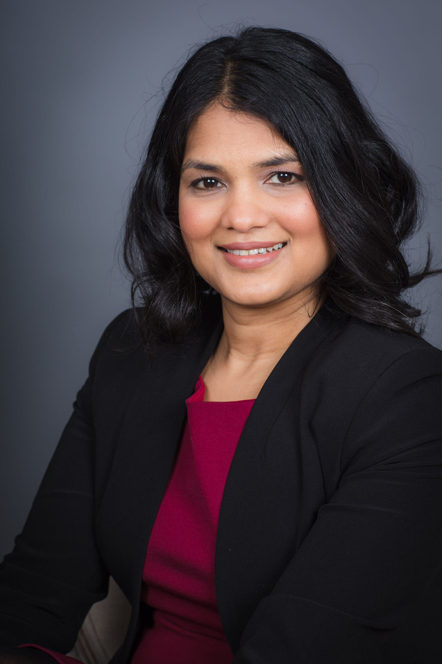 Counsellor headshot picture Surrey