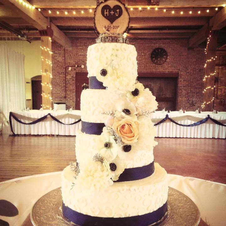 4 Tiered Elegant Wedding Cake