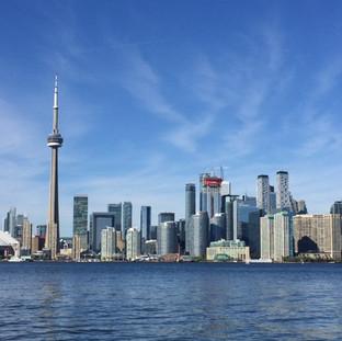 Exporing my new home! Toronto, 2017.