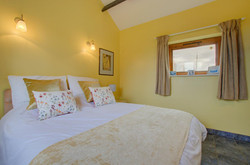 Blossoms Holiday Cottage Bedroom