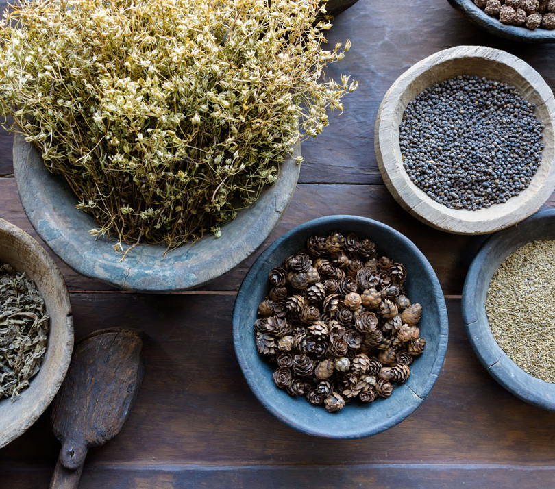 Collect natural herbs in your kitchen