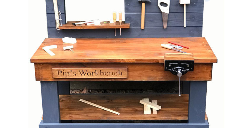 Christmas - The Old Fashioned Workbench