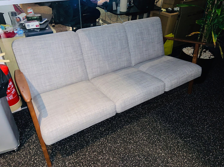 SELT/SOLD Ikea sófi - Ikea sofa