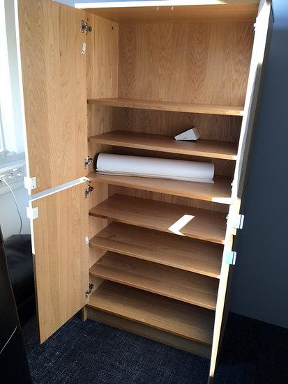 Tvöfaldur skápur frá IKEA
