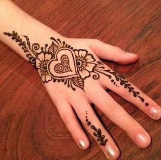 Henna & Sip