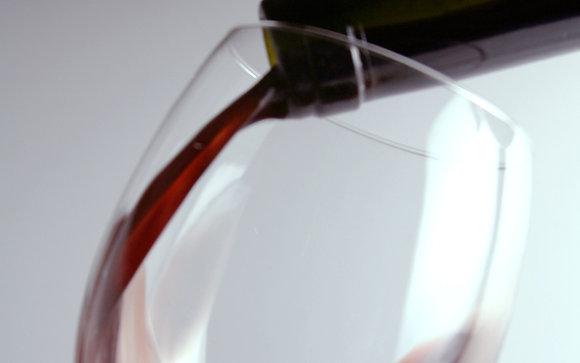 Fles rode wijn 0,5 l