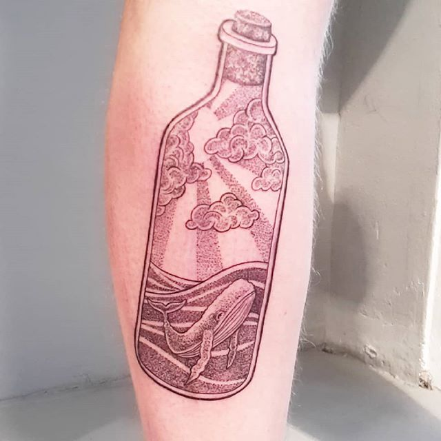 Special bottle for strong Jacob with perfekt tattooskin!!! _) Thank you! #tattoo #dotwork #linework