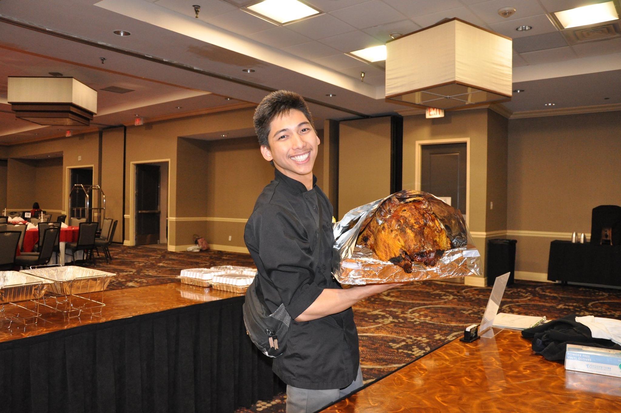 Roast Pig Carver