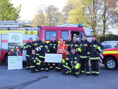 Yelverton Fire Station donate £1500 to local Emergency Medics