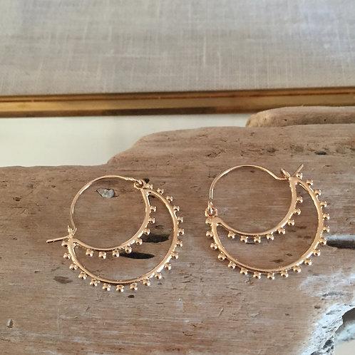 Créoles petites perles dorées