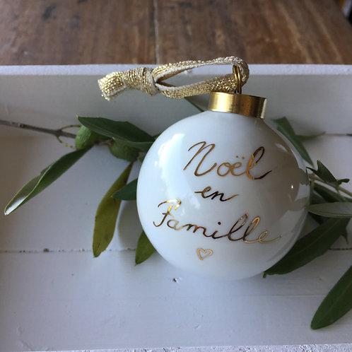 """Boule de noël """"Noël en famille"""""""