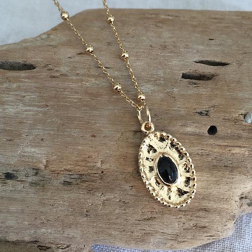 Collier pendentif oval et onyx noir