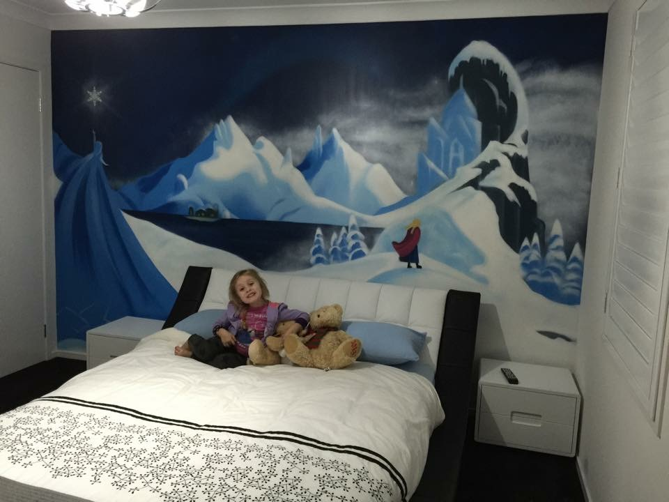 Girls dream room mural