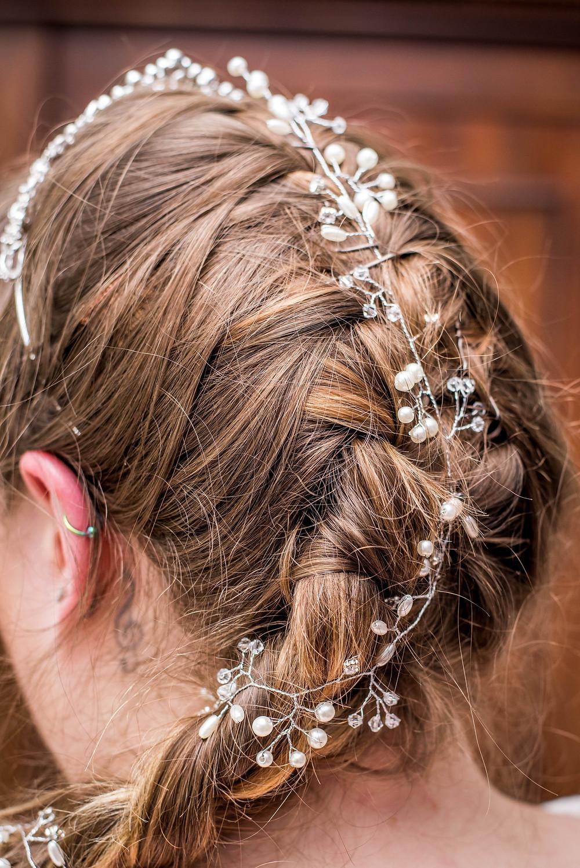 Bride hair detail.