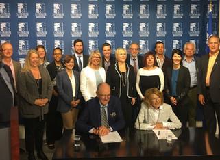 3 suicides chaque jour au Québec - Plus de 25 organisations réclament au gouvernement une stratégie
