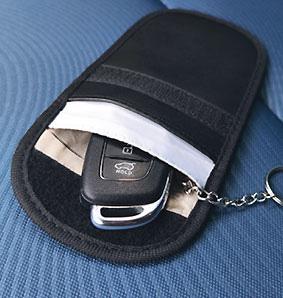 AUTOSLEUTEL-ETUI-RFID