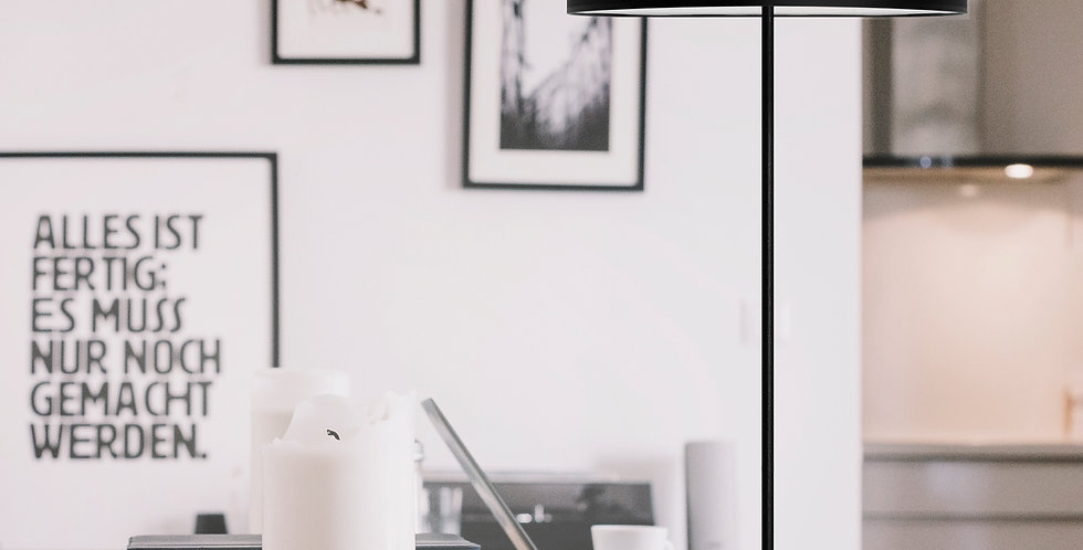 Lámpara de pie MIKA L 1 / F Negra